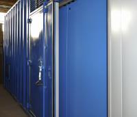 Ворота есть также и сборку станции. Станция оборудуется необходимым количеством ворот и дверей для удобного и беспрепятственного доступа к любой единице оборудования.